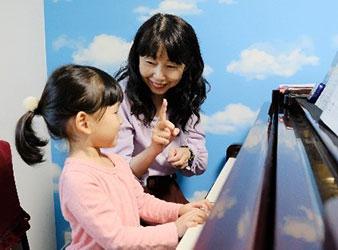 ピアノ科 2歳~ のレッスンイメージ